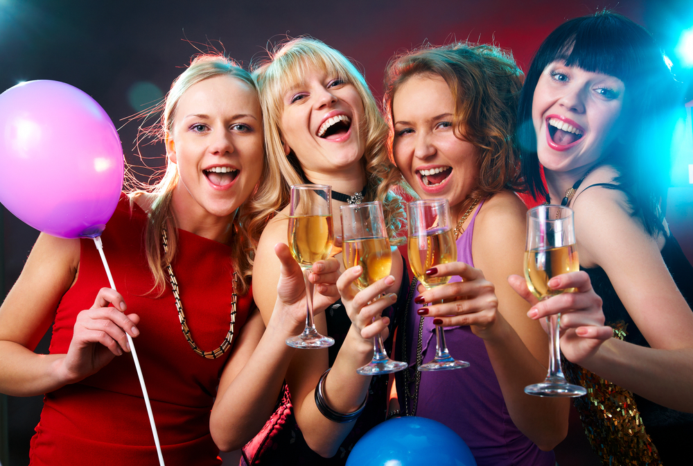 5 Simple Tips on How You Can Throw a House Party Incredibly Fun