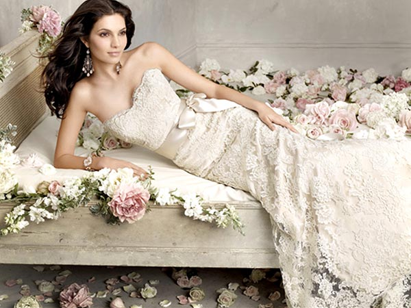 Useful Tips For Choosing The Wedding Dress