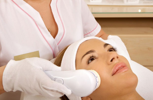 Services Offered By Dermatologists In London