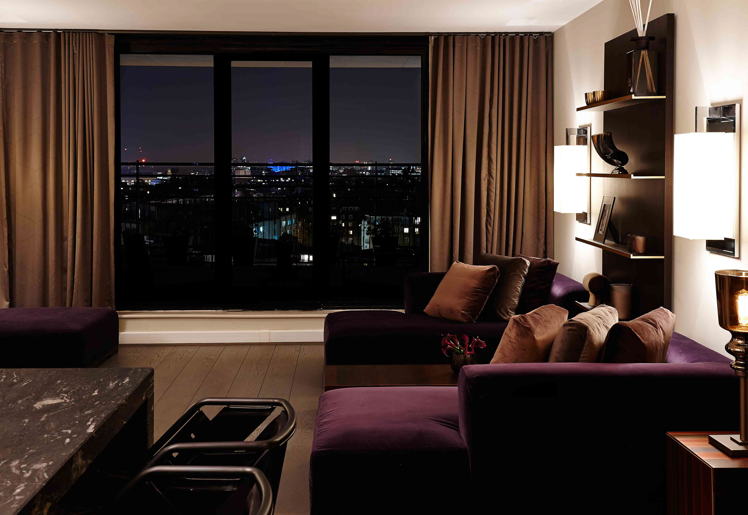 kt-56 apartment, cromwell road_01