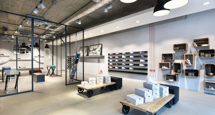 Why Many Store Managers Prefer Booking Interior Designers?